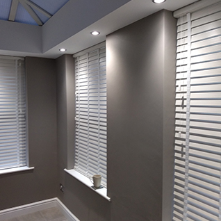 Faux wood venetian blinds Runcorn, Faux wood blinds, PVC blinds, Shutter style blinds, Faux wood blinds Widnes, Faux wood blinds Frodsham, Faux wood blinds Helsby